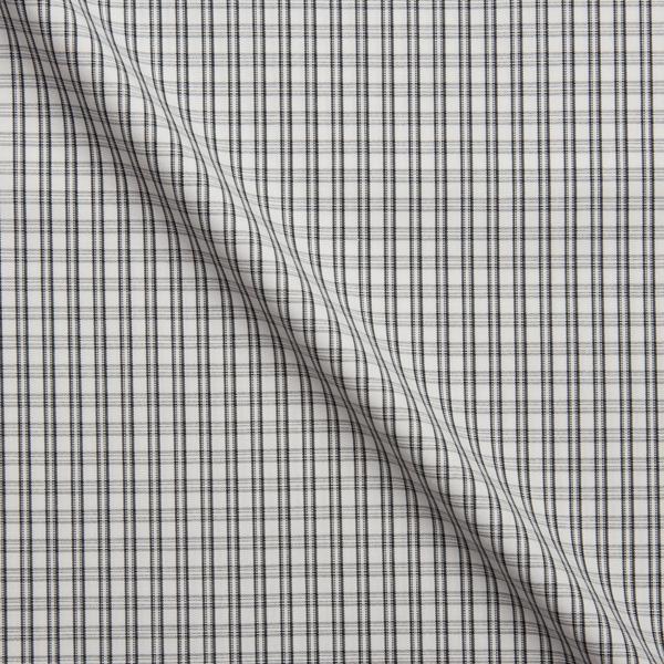 ブラックチェック柄の生地を各15cm