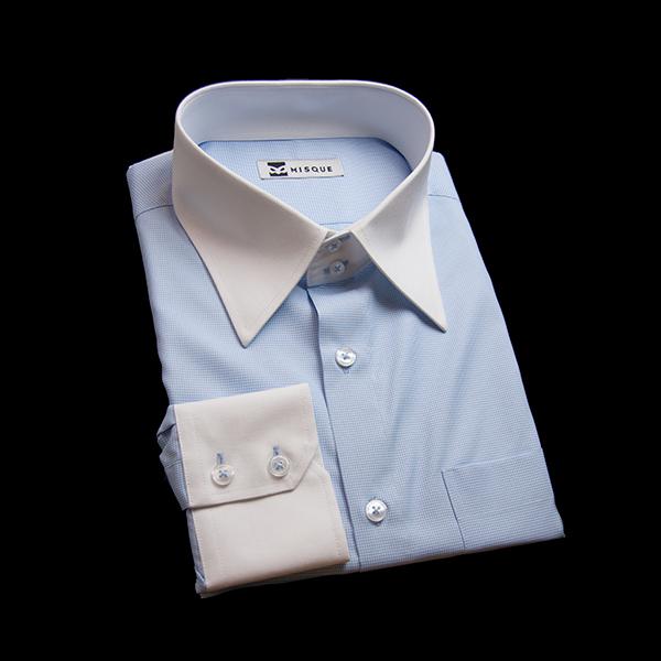 ブルーのチェック柄 レギュラーカラー ドゥエボットーニレギュラー ツーボタン 角落ち(カットオフ)のワイシャツ