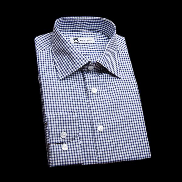 ネイビーのチェック柄 セミワイドカラー コンバーチブルカフス ラウンドのワイシャツ