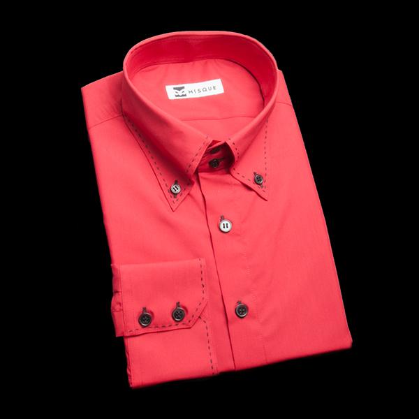 レッドの無地柄 ボタンダウンカラー ドゥエボットーニ レギュラー ツーボタン 角落ち(カットオフ)のワイシャツ