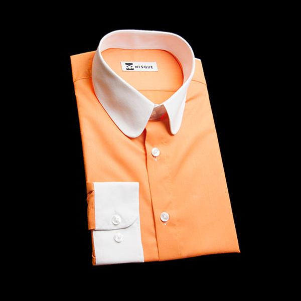 キャロットオレンジの無地柄 ラウンドカラーコンバーチブルカフス ラウンドのワイシャツ