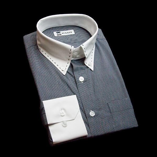 ブラックのチェック柄 ボタンダウンカラー レギュラー 角落ち(カットオフ)のワイシャツ